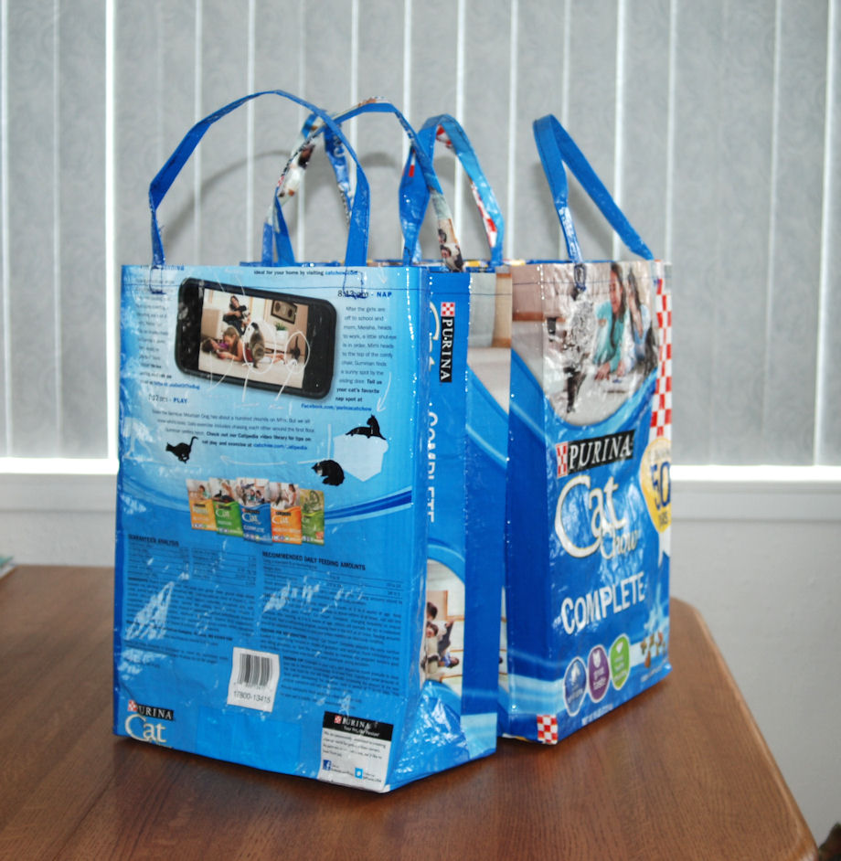3 Totes - Blue Cat Chow
